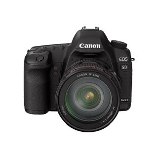 Canon EOS-5D Mark II Kit inklusive EF-S 24-105 mm f/4.0L IS USM