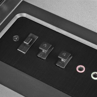 Lian Li schwarze Abdeckkappen für I/O-Panel-Anschlüsse - 6x