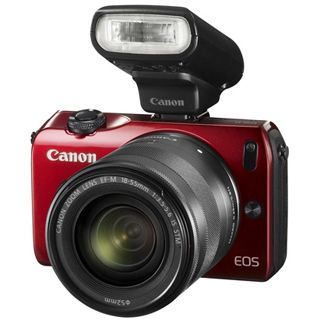 Canon EOS M Kit inklusive EF-M 18-55 mm f/3.5-5.6 IS STM + Speedlite
